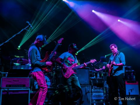 Photo Gallery Umphrey's McGee - Asheville 2/18/17 (night 2)